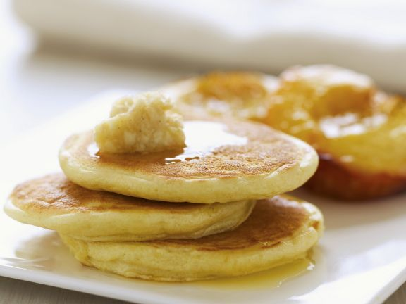 Ricotta Pancakes with Almond-Honey Topping