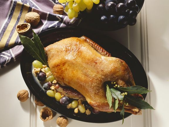 Roast Duck with Grapes and Spicy Sauce