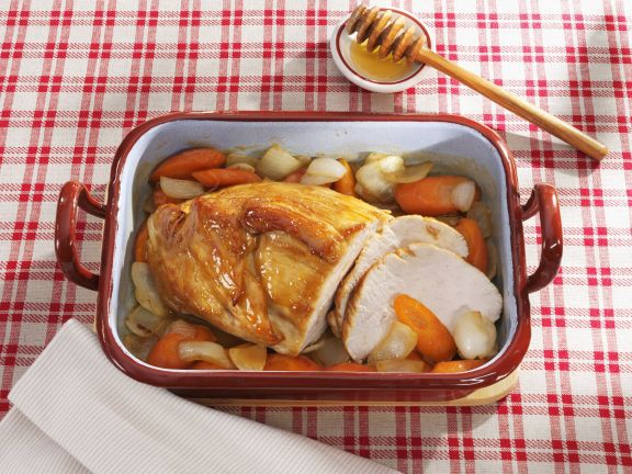 Roast Turkey with Honey Glaze and Vegetables