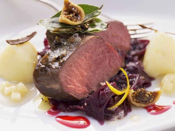 Roast Venison on Red Cabbage with Figs