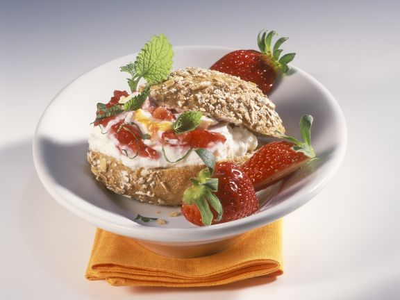 Roll with Sea Buckthorn Quark and Strawberries
