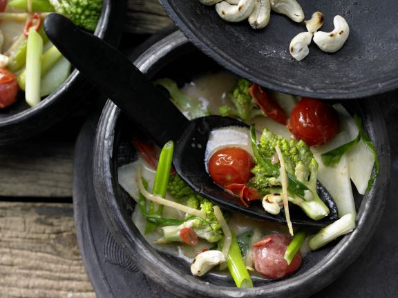 Romanesco-Kohlrabi Stew