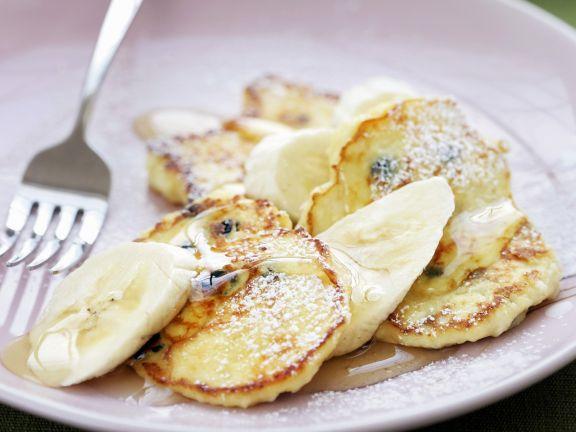 Rum-Raisin Pancakes with Sliced Bananas
