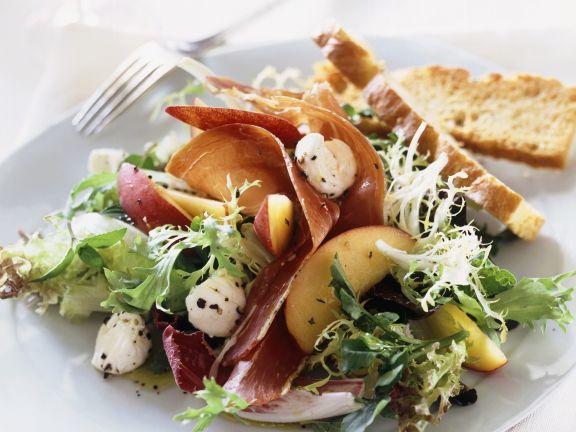 Salad with Buffalo Mozzarella, Prosciutto, and Nectarines