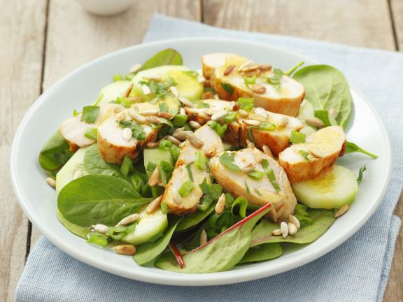 Salad with Chicken and Sunflower Seeds
