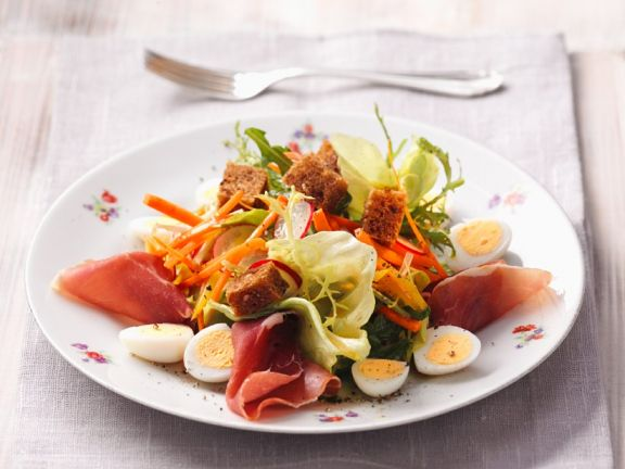 Salad with Eggs, Ham and Croutons