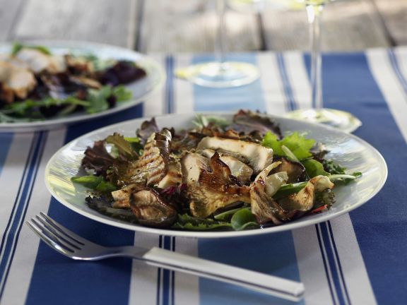 Salad with Mushrooms and Chicken Breast
