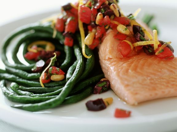 Salmon with Asparagus Beans and Tomatoes
