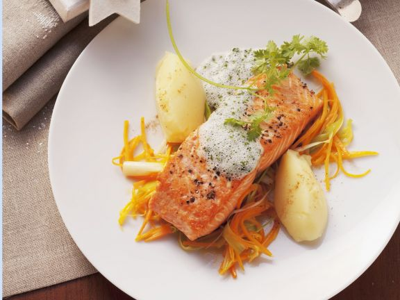Salmon with Fresh Herb Sauce