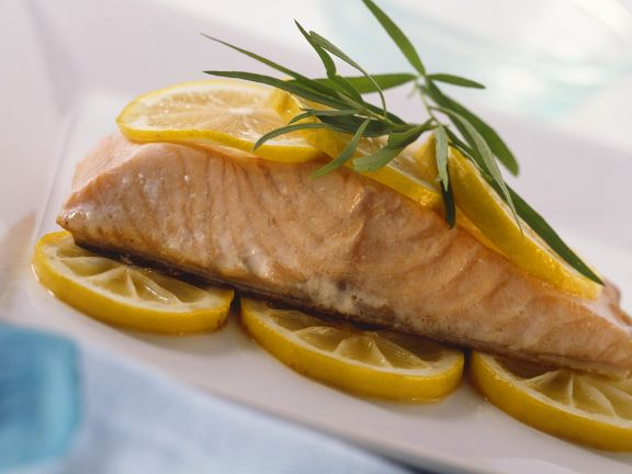 Salmon with Lemon Slices and Tarragon