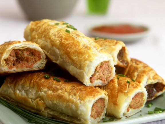 Sausage Wrapped in Puff Pastry