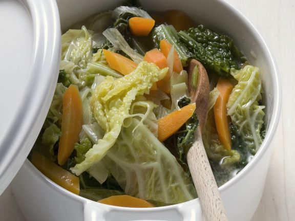 Savoy Cabbage and Carrot Stew