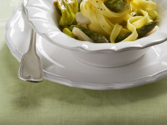 Scallop and Zucchini Flower Pasta