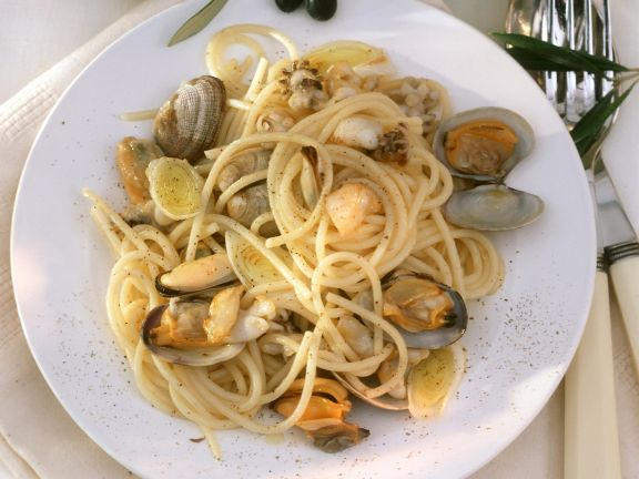 Seafood Spaghetti with Vermouth
