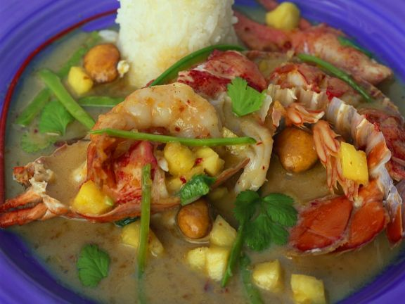 Seafood with Coconut Curry
