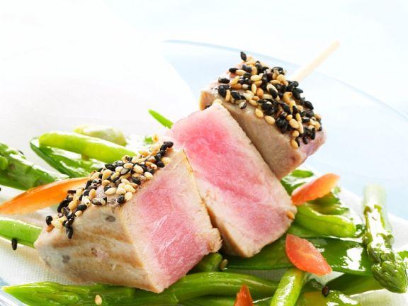 Seared Tuna with Asparagus