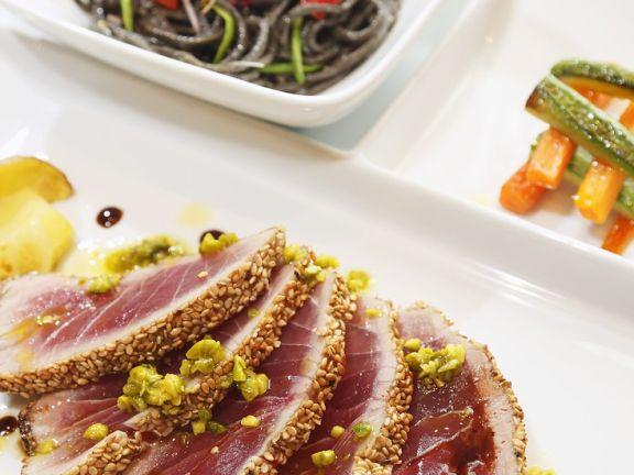 Seared Tuna with Pistachios
