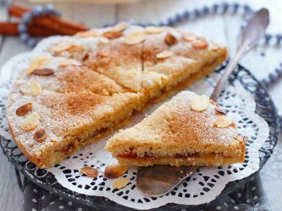Semolina Cake with Jam and Almonds