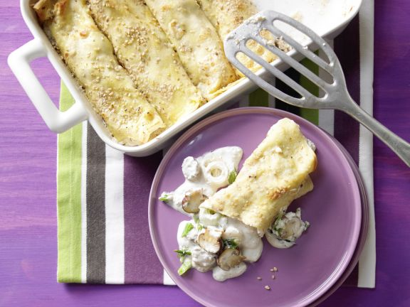 Sesame Crepes with Mushrooms