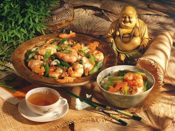Shrimp Scampi with Walnuts