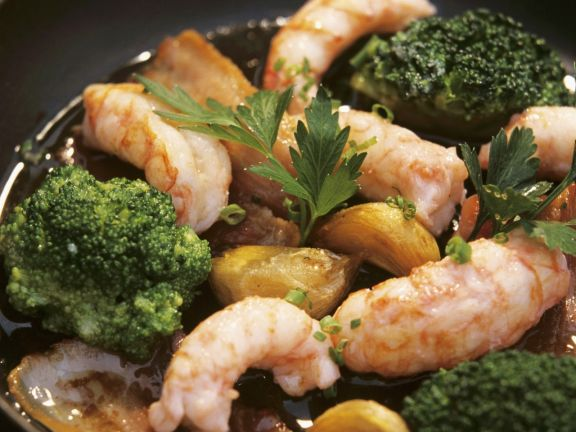 Shrimp with Garlic, Broccoli and Bacon