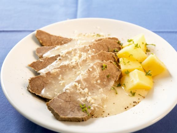 Sliced Beef with Creamy Sauce