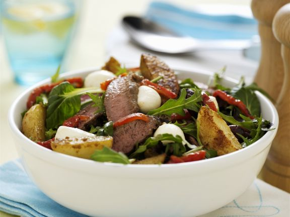 Sliced Lamb with Salad Leaves