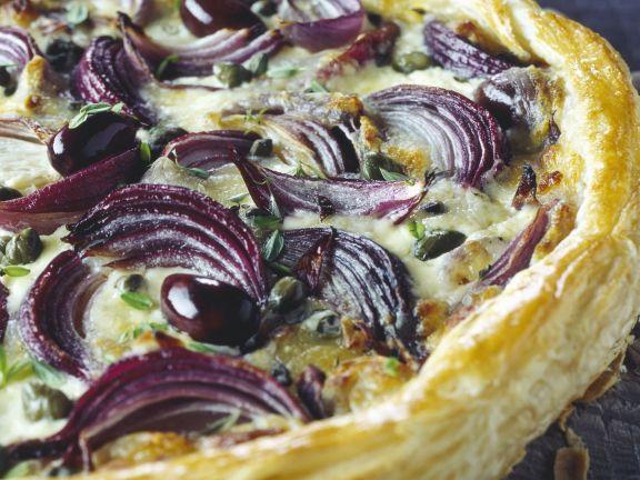 Sliced Onion Flakey Pizza