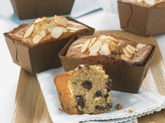 Small Choc and Nut Loaves