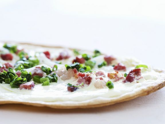 Small Pizzas with Scallions and Bacon