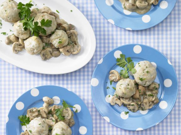 Smarter Dumplings with Mushrooms in Cream