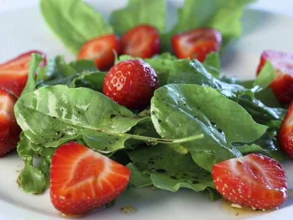 Sorrel Strawberry Salad