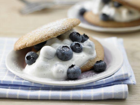 Spelt Shortcakes with Blueberries