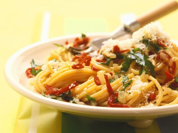 Spicy Pasta with Arugula and Parmesan