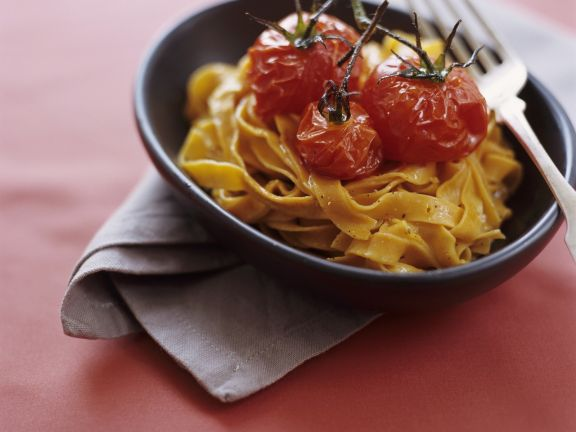 Spicy Pasta with Cherry Tomatoes