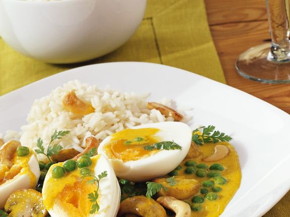Spicy Vegetarian Curry with Egg
