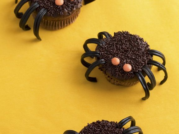 Spider Cakes with Liquorice Legs