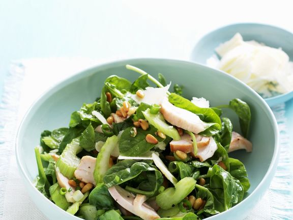 Spinach Celery Salad with Chicken
