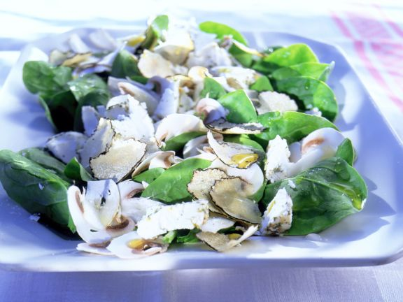 Spinach Salad with Mushrooms, Goat Cheese and Truffles