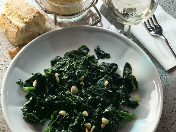Spinach with Garlic and Lemon Juice