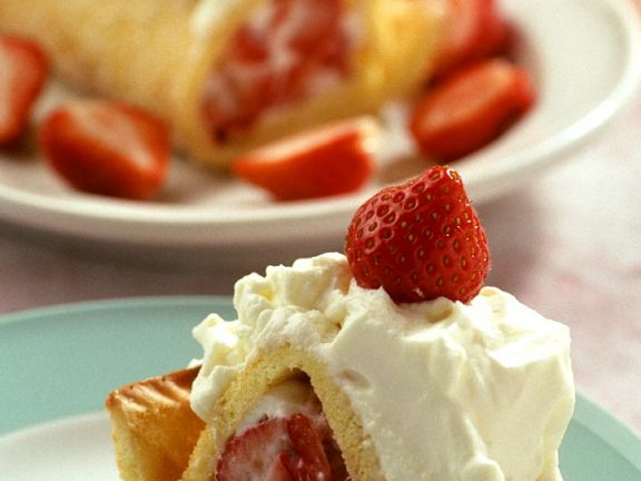 Sponge Cake Roll with Strawberry Cream Filling