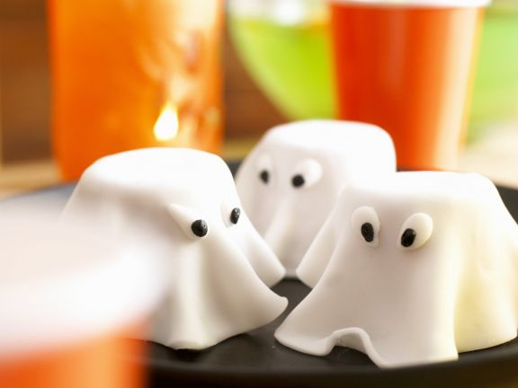 Spook Cakes