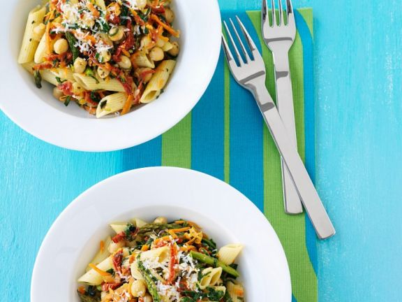 Springtime Spinach and Bean Pasta