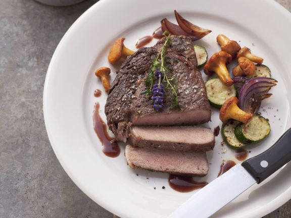 Steak with Gourmet Mushrooms and Jus