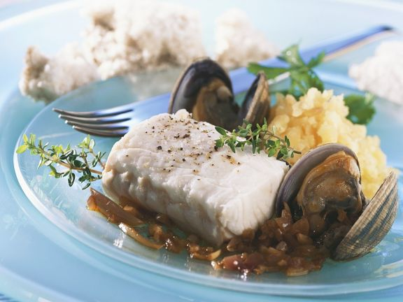 Steamed Mussels and Pollock with Mashed Potatoes