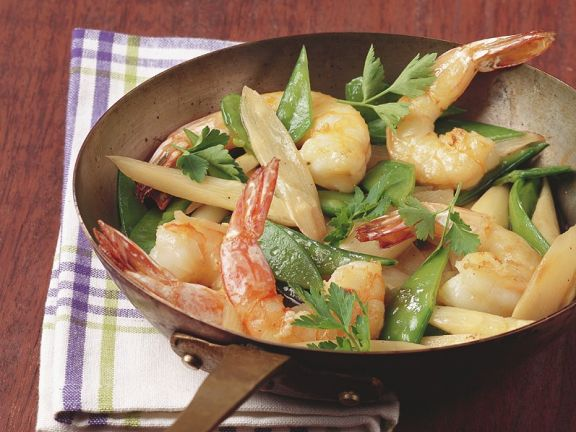 Stir-fried Prawns with Snow Peas and Asparagus