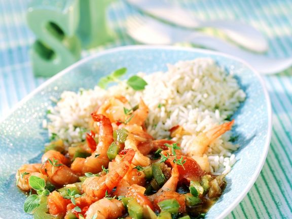 Stir-Fried Shrimp and Vegetables in a Spicy Sauce
