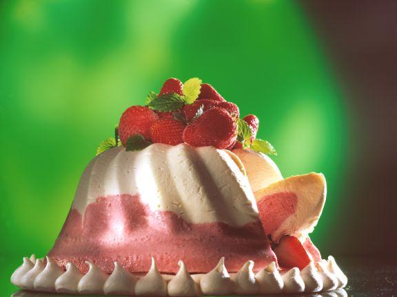 Strawberry Cream Mousse with Meringue