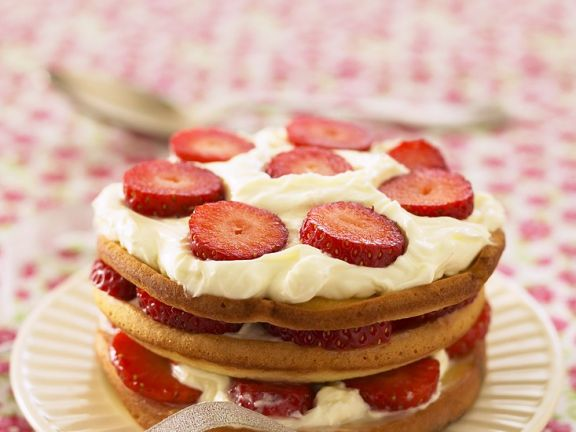 Strawberry Sandwich Cake