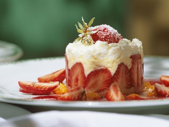 Strawberry Shortcake with Vanilla Cream